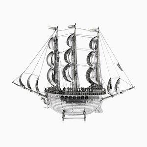 Großes Deutsches Neusilber Neal Galeonenschiff Modell, 1930er