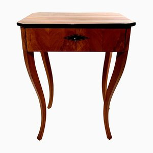 German Biedermeier Cherry Veneer Side Table with Drawer, 1830s