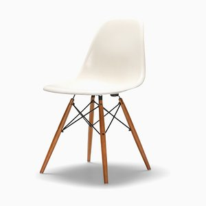 Vintage Model DSW Dining Chair by Charles & Ray Eames for Herman Miller
