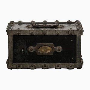 Antiker Französischer Tresor aus Eisen