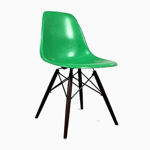 Green DSW Dining Chair by Charles & Ray Eames for Herman Miller, 1980s