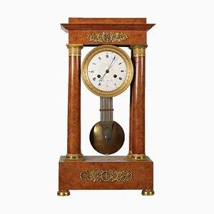 Reloj de pórtico francés de olmo nudoso, siglo XIX de Gaston Jolly à Paris