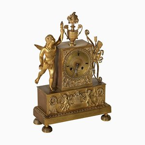Charles X Tischuhr aus vergoldeter Bronze, Frankreich, 19. Jahrhundert