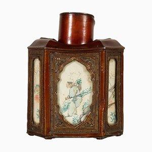 Zinn Tee Kanister mit dekorierten Platten, China, 1900er Jahre