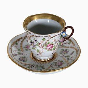Taza francesa decorada del siglo XIX de Sevres