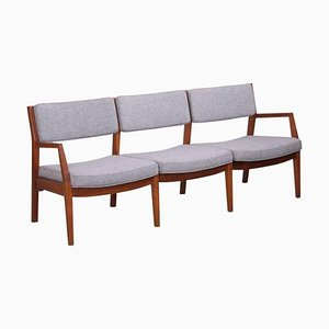 3-Sitzer Sofa aus Nussholz von Jens Risom, 1960er