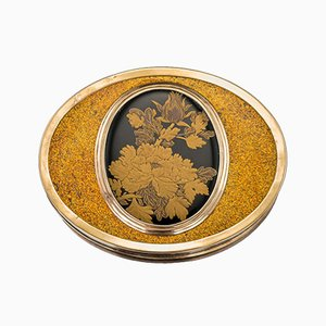 Antique French 18k Gold-Mounted & Japanese Lacquer Snuff Box, 1770s
