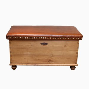 Victorian Pine Coffer with a Leather Seat