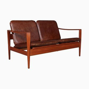 Vintage 2-Seat Sofa by Illum Wikkelsø