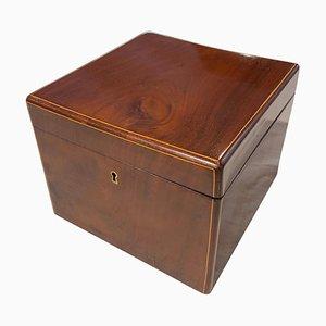 Biedermeier Schachtel aus Mahagoni in Würfelform, Wien, 1830er