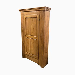 Large Pinewood Wardrobe