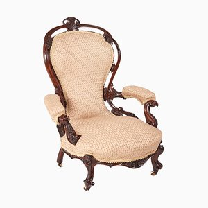 Viktorianischer Armlehnstuhl aus geschnitztem Nussholz