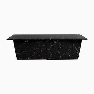 Postmodernes italienisches Sideboard aus Lackiertem Holz und Schwarzem Marmor, 1980er
