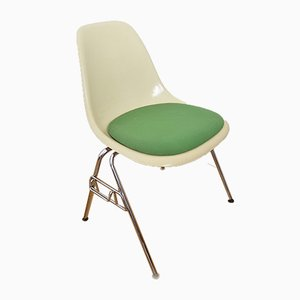 Silla auxiliar de Charles & Ray Eames, años 60