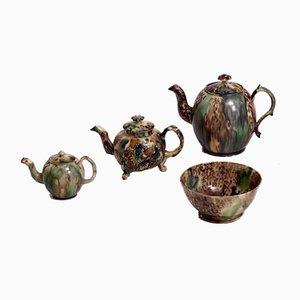Teekannen und Schalen aus Fayence, 18. Jh. Von Wieldon, 4er Set