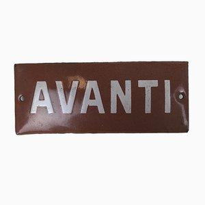 Lámpara italiana vintage de metal esmaltado blanco y rojo con signo Avanti, años 50