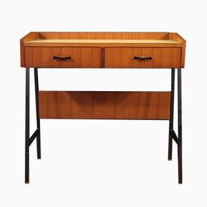 Italienischer Schreibtisch aus Nussholz, 1970er