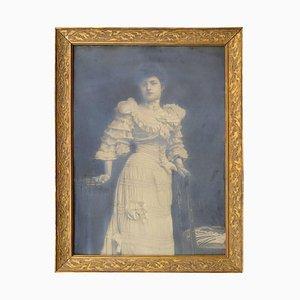 Großer Jugendstil Glamorous Female Silver Print Photo Portrait in Vergoldetem Rahmen