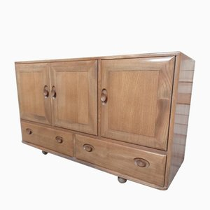 Large Windsor Elm Sideboard from Ercol