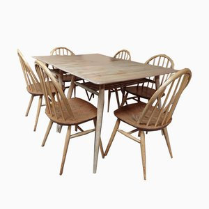 No. 393 Frühstücksraum oder Restaurant Tisch von Lucian Ercolani für Ercol