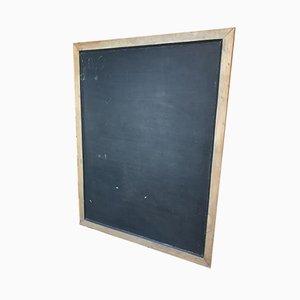 Große industrielle Tafel mit gusseisernem Wandaufsatz