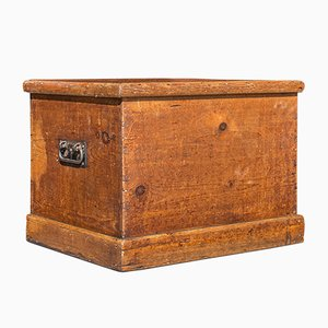 Antique English Charriage Chest or Blanket Trunk, 1850s
