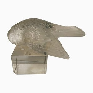 Paperweight Sparrow on Stand with Open Wings by René Lalique, 1920s