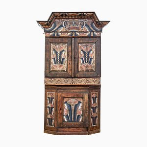 18th Century Swedish Rustic Hand-Painted Cupboard