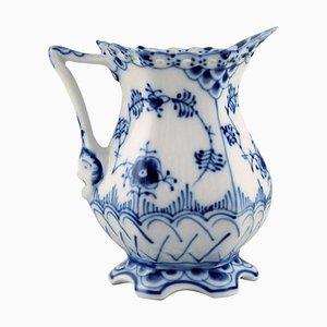 Jarra en crema de encaje azul estriada completa de porcelana de Royal Copenhagen, años 60