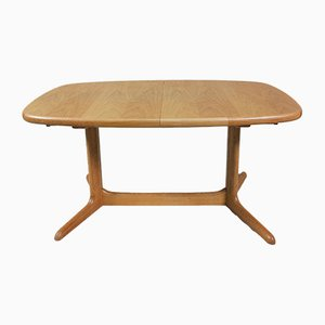 Mid-Century Oak Oval Dining Table from Skovby, 1970s