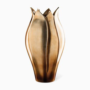 Italian Craftsmanship Ceramic Tulip Vase Alto with Brass Metal Finishing from VGnewtrend