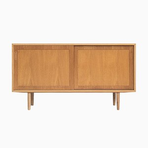 Danish Sideboard in Oak with 2 Sliding Doors from Hundevad & Co, 1960s