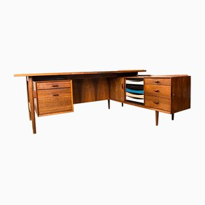 Danish Rosewood Model 208 Desk by Arne Vodder for Sibast, 1969