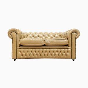 Vintage Chesterfield 2-Sitzer Sofa in Senfgelb mit Knöpfen