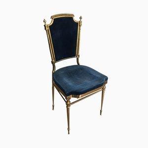 Neoklassizistischer französischer Stuhl aus vergoldetem Messing mit königsblauem Samt, der Maison Jansen zugeschrieben wird, 1940er