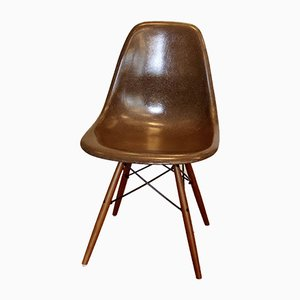 Tan Dark DSW Side Chair by Charles & Ray Eames for Herman Miller, 1960s
