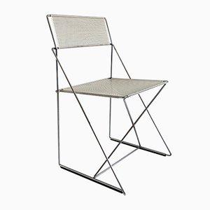 Postmoderner stapelbarer weißer X-Line Stuhl von Niels Jørgen Haugesen für Magis, 1970er