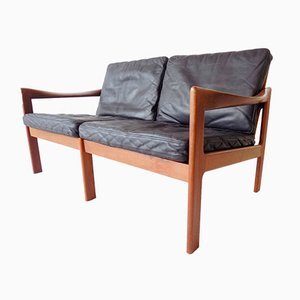 Dänisches 2-Sitzer Sofa aus Teak und Schwarzem Leder von Illum Wikkelsø für Niels Eilersen, 1960er