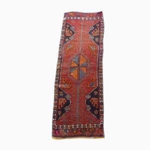 Kleiner roter türkischer Vintage Teppich, 1970er