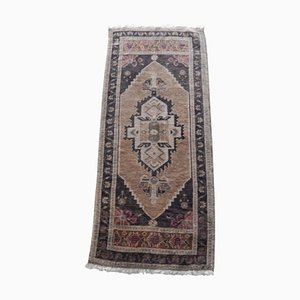 Kleine türkische handgemachte Fußmatte oder Teppich, 1970er