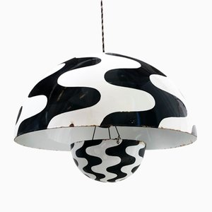 Emaillierte Mid-Century Eisen Deckenlampe von Verner Panton für Louis Poulsen, 1960er