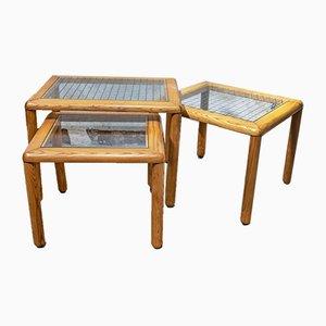 Tavolini da caffè in larice e vetro, Italia, anni '70, set di 3