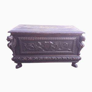 Antike italienische geschnitzte ebonisierte Holzkiste