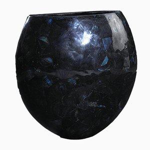 Vaso grande in calsomina ovale screpolata in resina blu e conchiglia di VGnewtrend