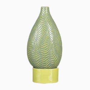 Farn Flasche mit kleinem Gestell in Grün von VGnewtrend