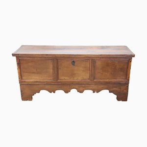 Antique Solid Walnut Blanket Chest, 1720s