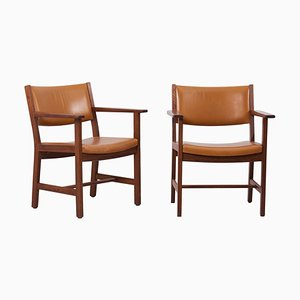 GE Armchairs in Leather by Hans J. Wegner for Getama, Denmark, 1960s, Set of 2