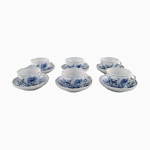 Antique Meissen Blue Onion Teacups with Saucer in Hand-Painted Porcelain, Set of 12