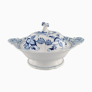 Large Antique Meissen Blue Onion Lidded Tureen in Hand-Painted Porcelain