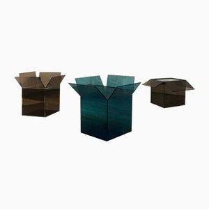 Out of the Box Behälter oder Beistelltisch von Samer Alameen